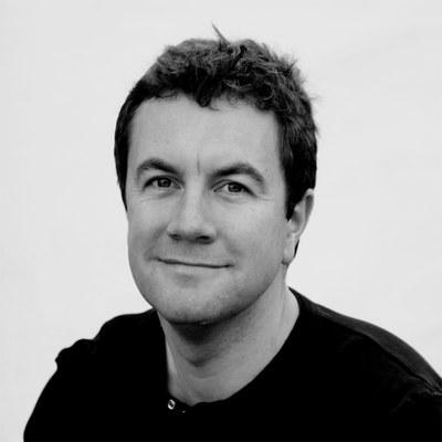 Dr David  Bainbridge