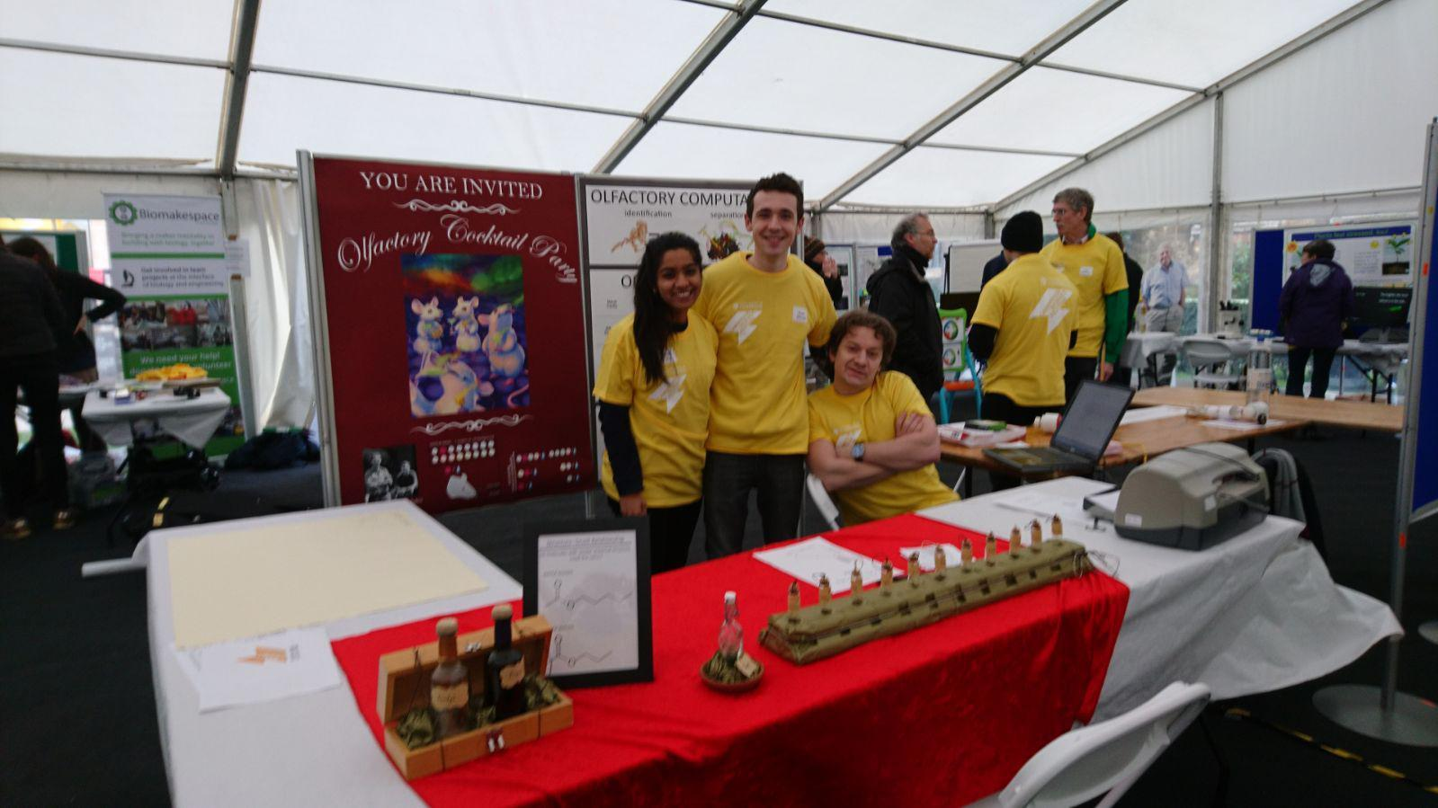 The lab throwing an olfactory cocktail party at Cambridge Science week 2018.