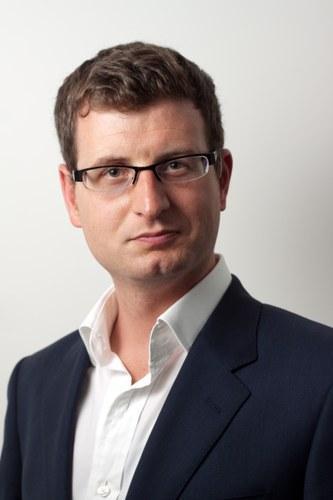 Dr Andrew J Murray