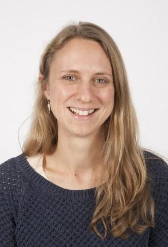 Dr Clare   Buckley